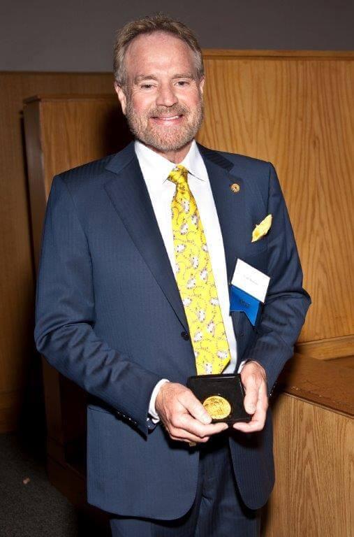 2011 Curt holding medal for ENIGMATIC LONGHOUSE, Prix de West, National Cowboy Museum